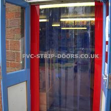 Free flow curtains for schools